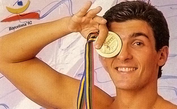 Amedeo Pomilio con la medaglia d'oro Olimpica di Barcellona 1992