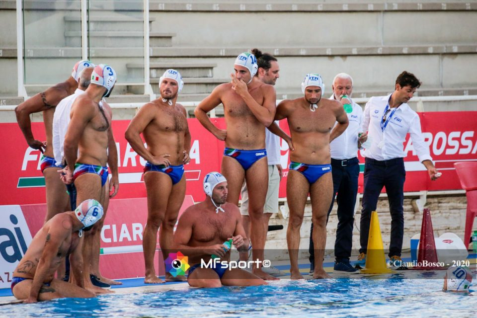 Il time out di Sandro Campagna con gli atleti di Shanghai 2011