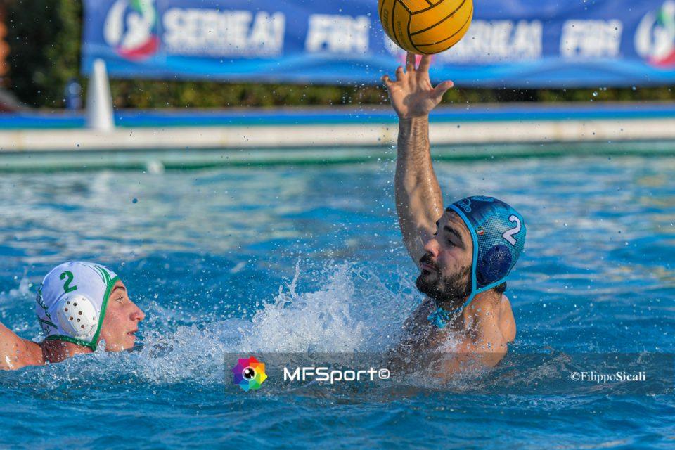 Ciccio Cassia in difesa contro Francesco Di Fulvio