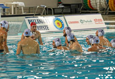 La squadra della Pallanuoto Trieste
