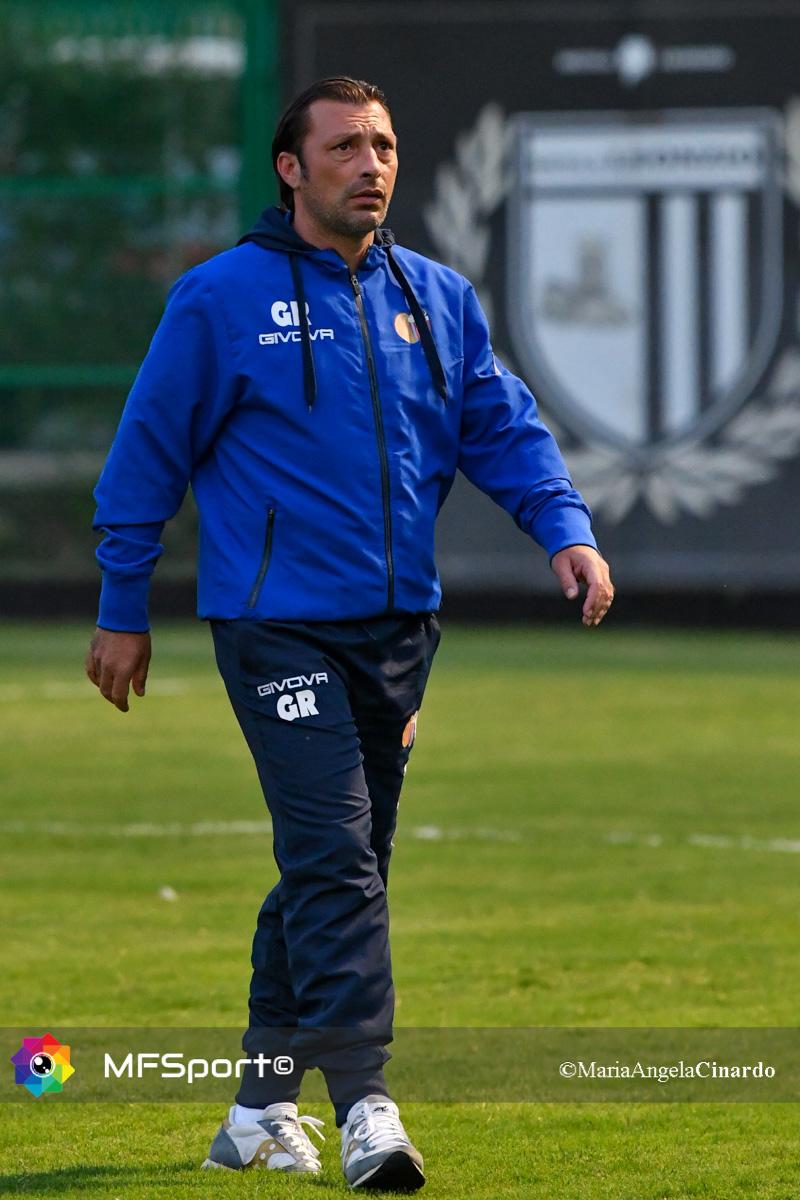 Il coach del Catania Giuseppe Raffaele