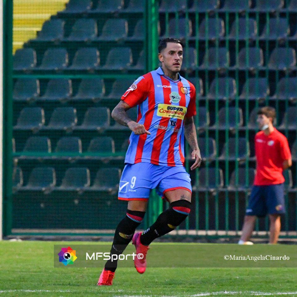 Manuel Sarao autore del gol della vittoria rossazzurra